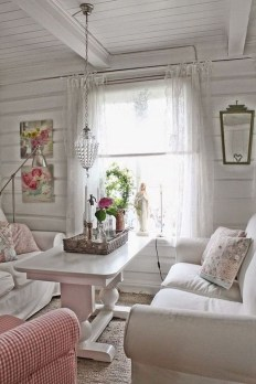 Lovely Shabby Chic Living Room Design Ideas 33