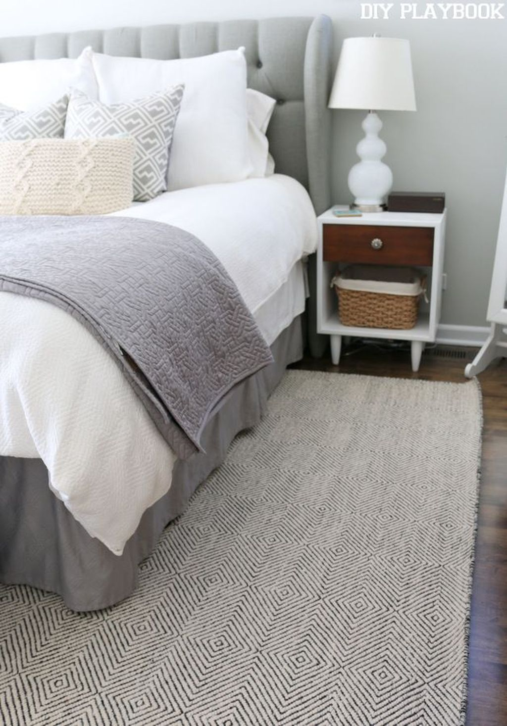 Modern Small Master Bedroom On A Budget 33