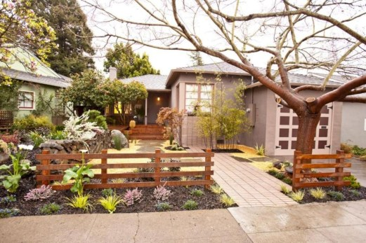 Relaxing Front Yard Fence Remodel Ideas For Your Home 28