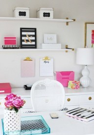 Stunning And Modern Office Design Ideas 18