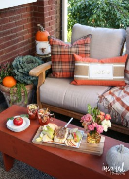 Amazing Fall Decorating Ideas To Transform Your Interiors 25
