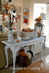 Amazing Fall Decorating Ideas To Transform Your Interiors 49