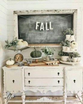 Awesome Fall Entryway Decoration Ideas That Will Make Your Neighbors Insanely Jealous 17
