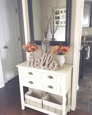 Awesome Fall Entryway Decoration Ideas That Will Make Your Neighbors Insanely Jealous 33