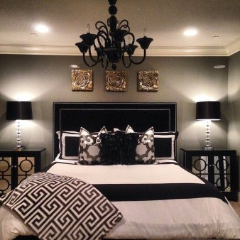 Best Ideas For Master Bedroom Decoration You Should Try 26