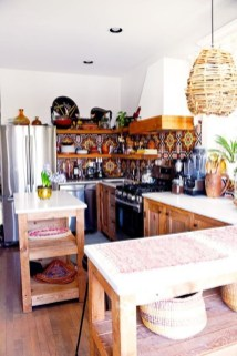 Classy Bohemian Style Kitchen Design Ideas 36