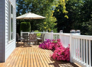 Easy DIY Wooden Deck Design For Your Home 32