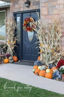 Easy Fall Porch Decoration Ideas To Make Unforgettable Moments 01