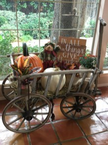 Easy Fall Porch Decoration Ideas To Make Unforgettable Moments 40