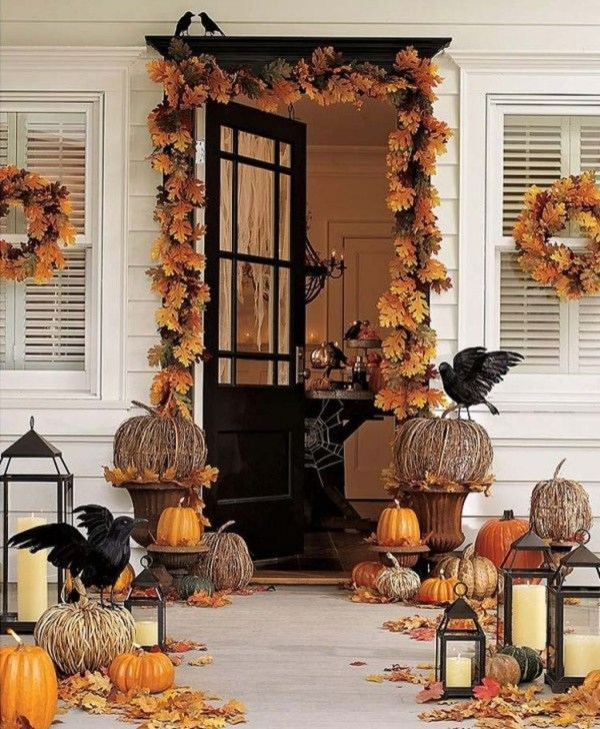 Easy Fall Porch Decoration Ideas To Make Unforgettable Moments 43
