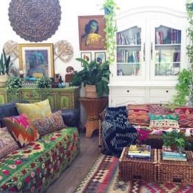 Elegant Bohemian Style Living Room Decoration Ideas 05