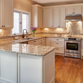 Elegant White Kitchen Cabinets For Your Kitchen 30