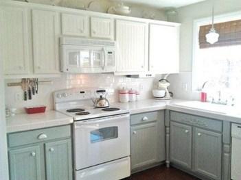 Elegant White Kitchen Cabinets For Your Kitchen 42