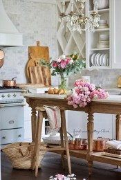 Fancy French Country Kitchen Design Ideas 29