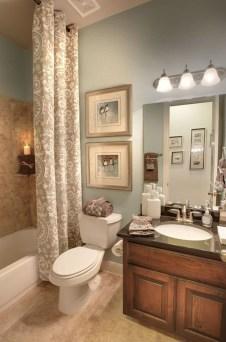 Fresh And Modern Bathroom Decoration Ideas 03