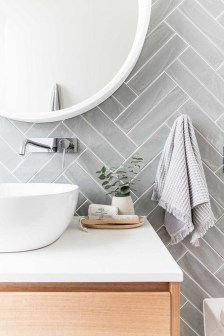 Fresh And Modern Bathroom Decoration Ideas 23