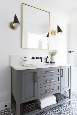 Fresh And Modern Bathroom Decoration Ideas 35