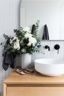 Fresh And Modern Bathroom Decoration Ideas 40