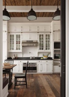 Gorgeous Farmhouse Kitchen Cabinets Decor And Design Ideas To Fuel Your Remodel 21