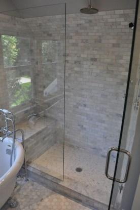 Luxurious Tile Shower Design Ideas For Your Bathroom 27