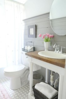 Minimalist Small Bathroom Remodeling On A Budget 38