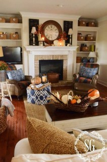 Stunning Fall Living Room Decoration Ideas 01