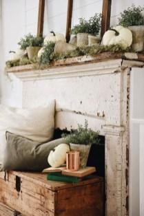 Stunning Fall Living Room Decoration Ideas 37