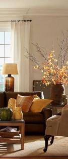 Stunning Fall Living Room Decoration Ideas 40