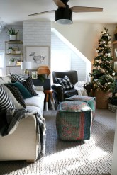 Top Design Ideas For A Small Living Room 48