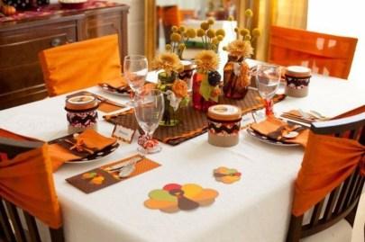 Beautiful Thanksgiving Table Decoration Ideas 11
