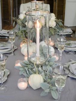 Beautiful Thanksgiving Table Decoration Ideas 29