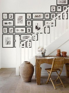 Brilliant Living Room Wall Gallery Design Ideas 01