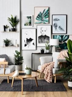 Brilliant Living Room Wall Gallery Design Ideas 04