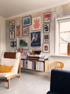 Brilliant Living Room Wall Gallery Design Ideas 07