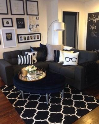 Brilliant Living Room Wall Gallery Design Ideas 17