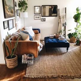 Brilliant Living Room Wall Gallery Design Ideas 20