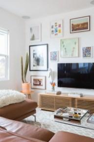 Brilliant Living Room Wall Gallery Design Ideas 29