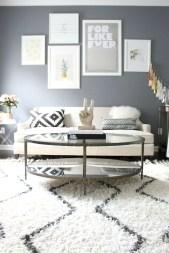 Brilliant Living Room Wall Gallery Design Ideas 46
