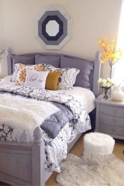 Cozy Fall Bedroom Decoration Ideas 15