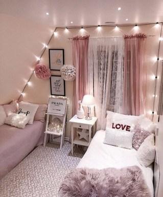 Cozy Fall Bedroom Decoration Ideas 41