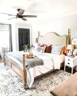 Cozy Fall Bedroom Decoration Ideas 45