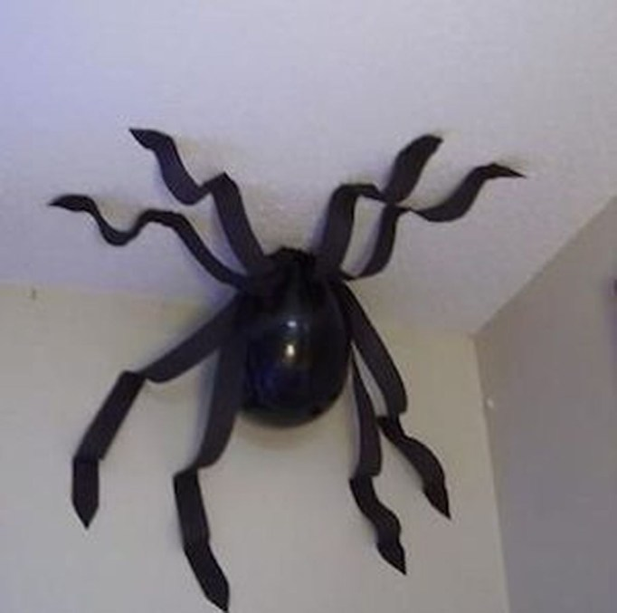 Creepy Decorations Ideas For A Frightening Halloween Party 06
