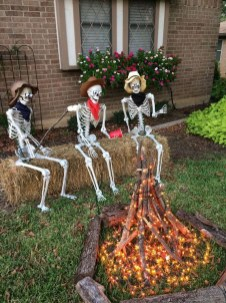 Creepy Decorations Ideas For A Frightening Halloween Party 46