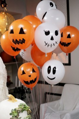 Creepy Decorations Ideas For A Frightening Halloween Party 52