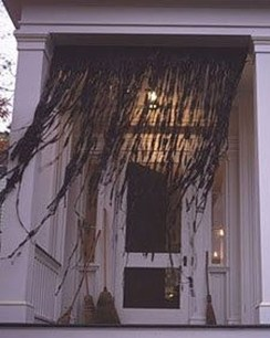 Elegant Outdoor Halloween Decoration Ideas 33