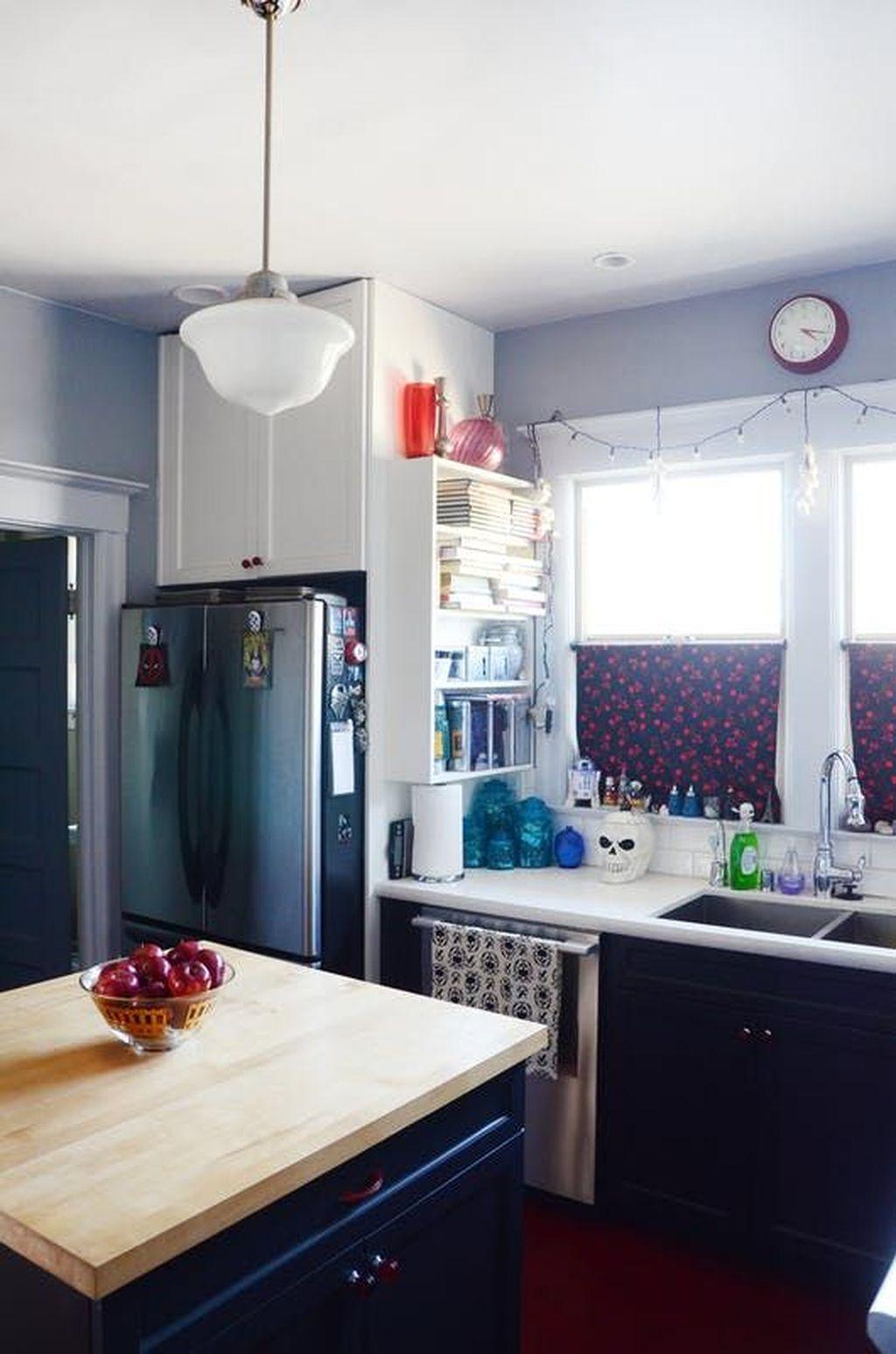 Fabulous Halloween Decoration Ideas For Your Kitchen 15