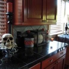 Fabulous Halloween Decoration Ideas For Your Kitchen 35