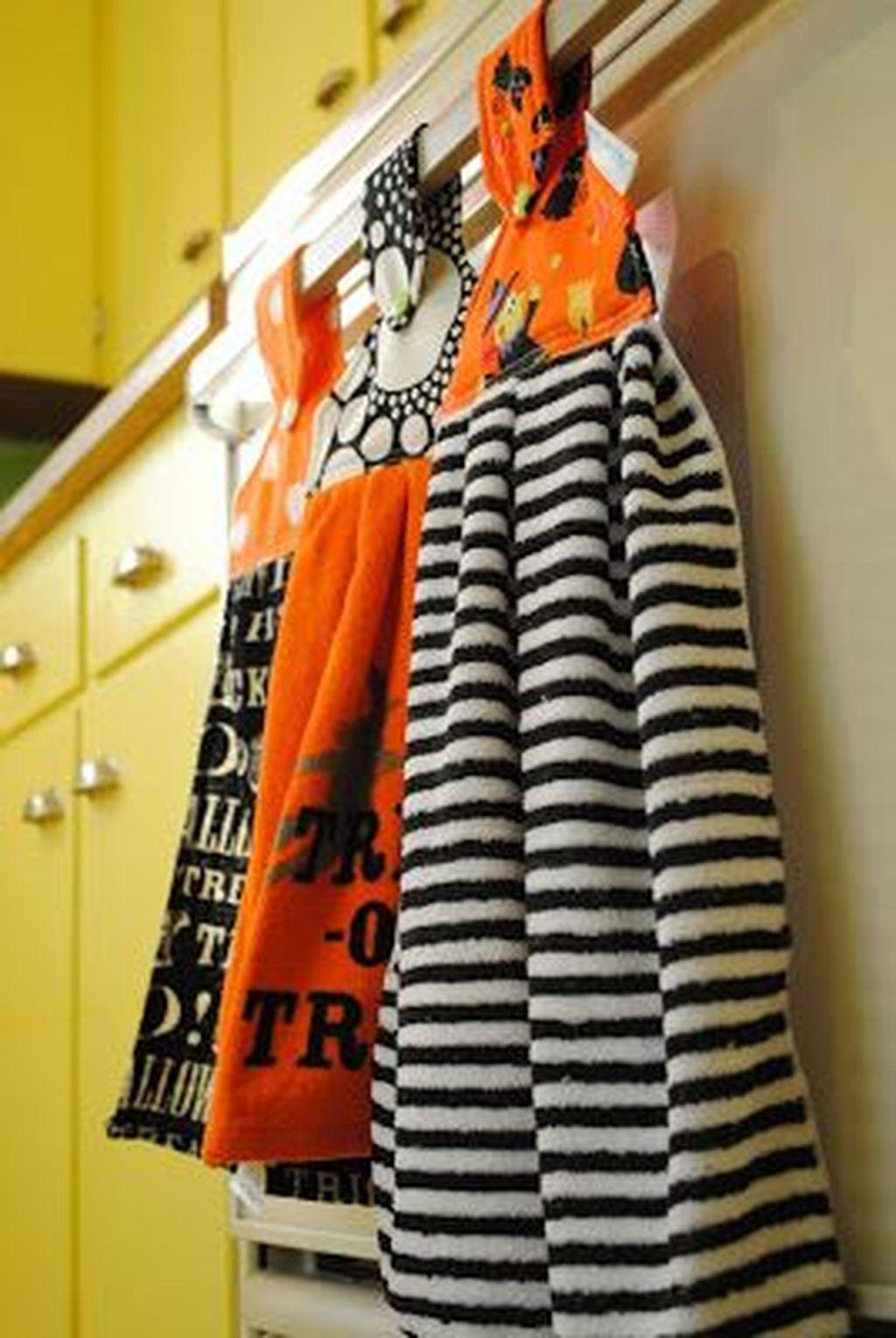 Fabulous Halloween Decoration Ideas For Your Kitchen 41