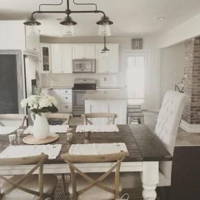 Favorite Farmhouse Kitchen Design Ideas 21