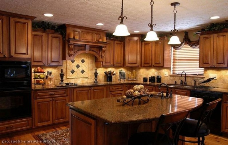 Luxury Tuscan Kitchen Design Ideas 13